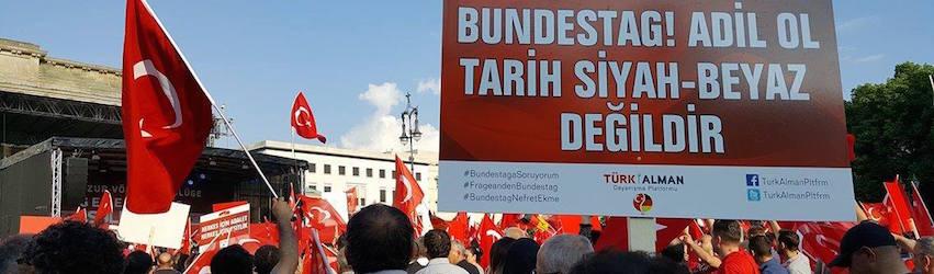 Erdogan Demonstranten in Berlin { seinsart